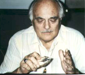 Marcel Vogel Working with a Vogel Crystal Healing Wand