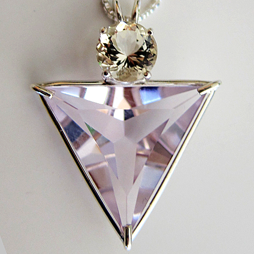 rose de france amethyst angelic star w/golden labradoriteq