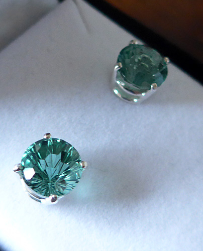 Siberian Green Super Nova Post Earrings