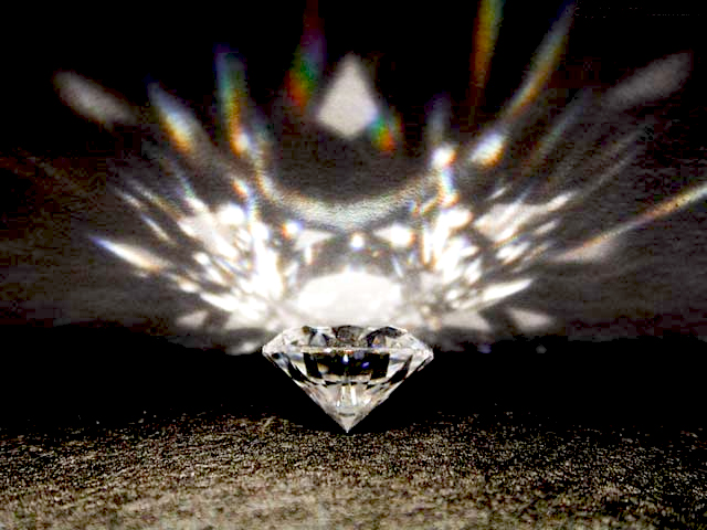 Diamond with Reflections