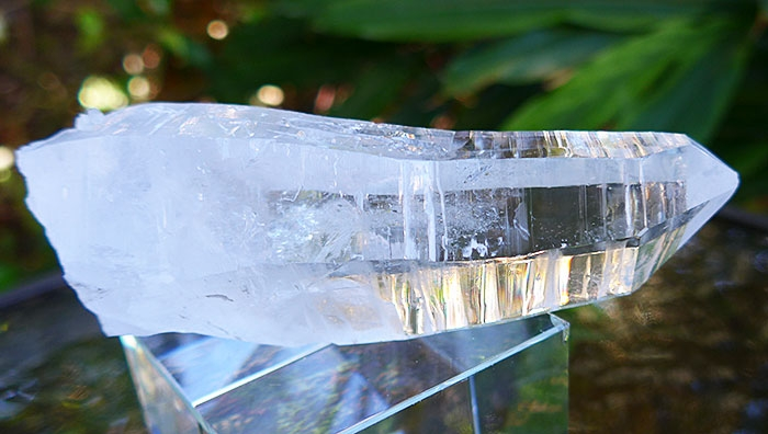 Curved Diamantina Quartz Wand