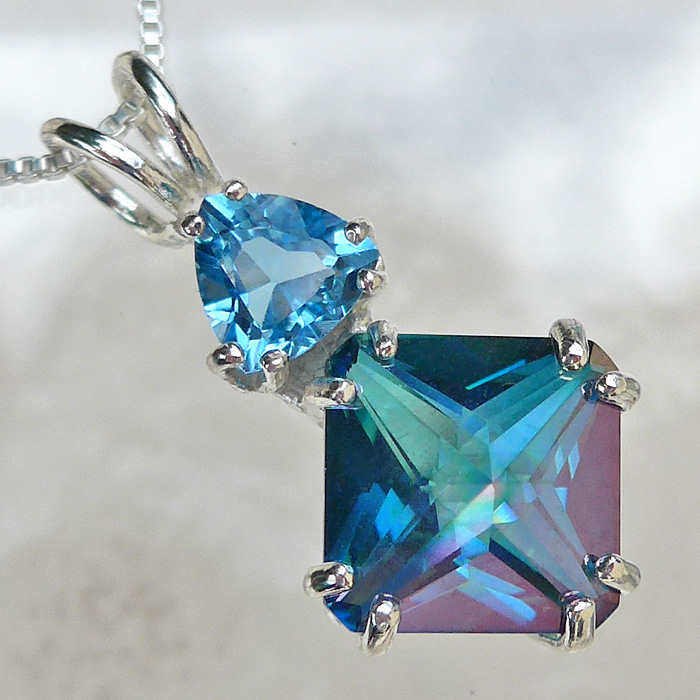Aqua Aura Mini Magician with Blue Topaz