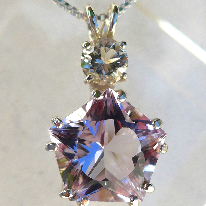 Rose de France Amethyst Star of Venus with Golden Labradorite