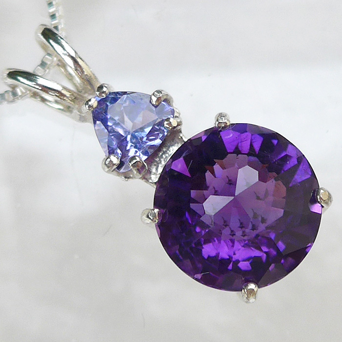 Amethyst Mini Radiant Heart with Tanzanite