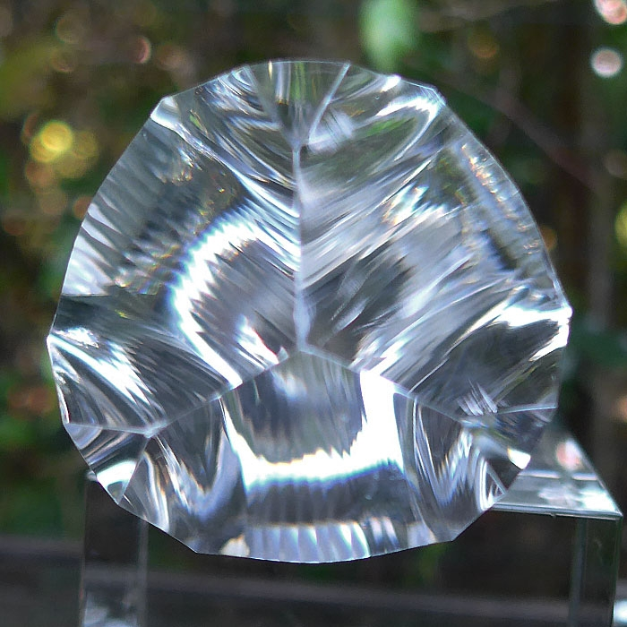 Phat Water Clear Triangular Isis Golden Dolphin Vogel Phi Crystal Healing Crystal